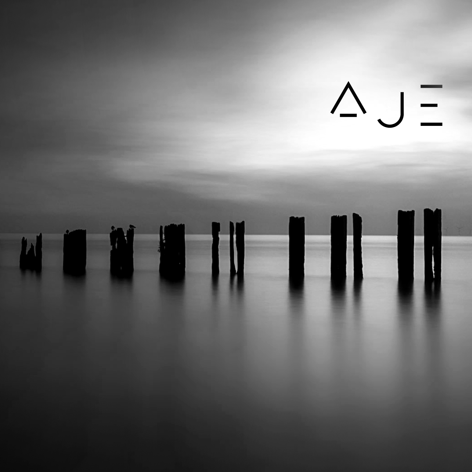 AJE - 15 piece orchestra loved by Cafe Del Mar, Late Night Tales and Hospital Records - remixed by Lomea and Dylan Colby. Lomea's emotive soundscapes explore beauty and darker cinematic electronic moods. Dylan Colby uplifting dnd from the Hospital Records producer.