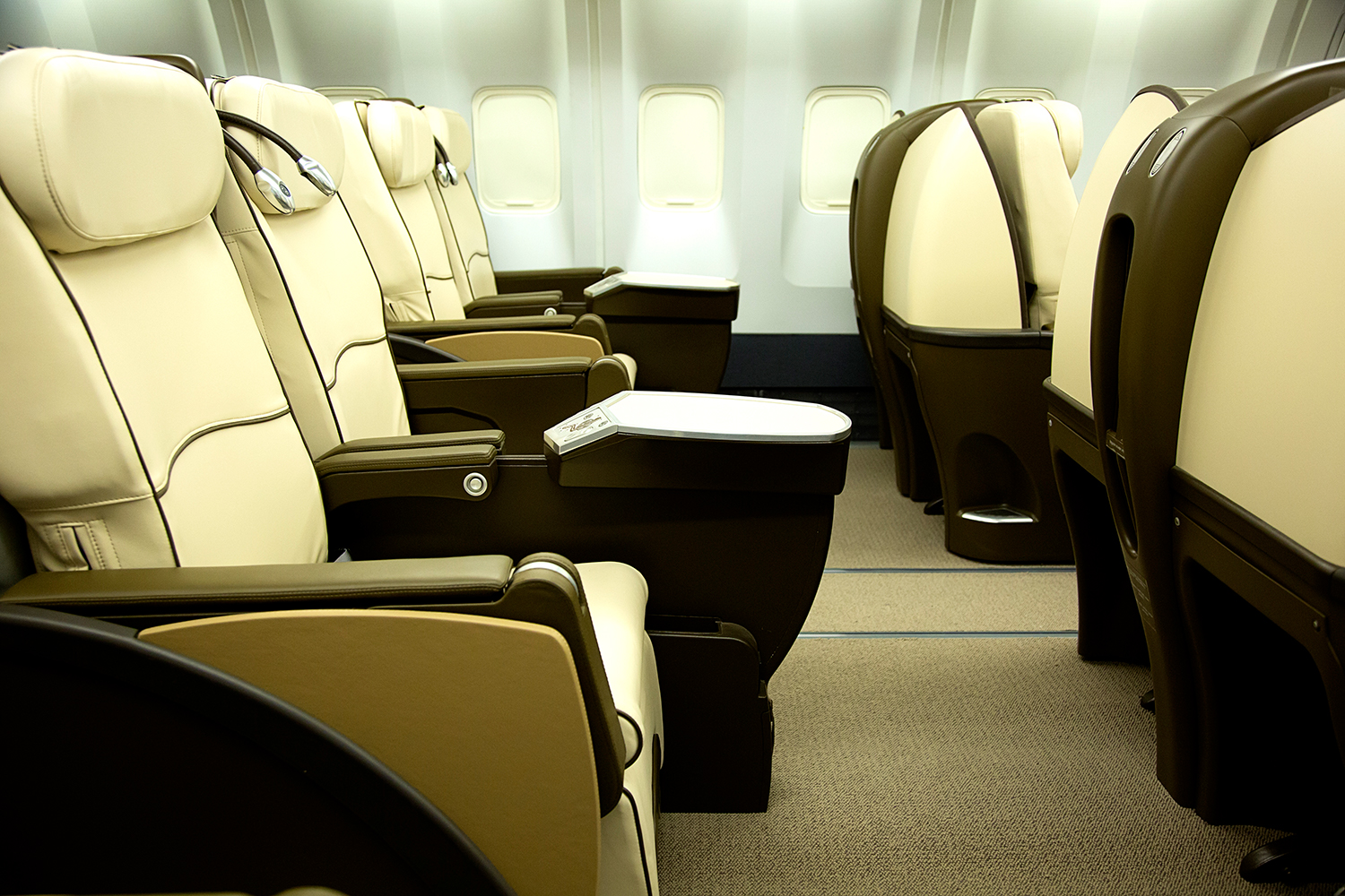 Aeronexus Corporate Private Jet Charters First Class Service on a Boeing 767