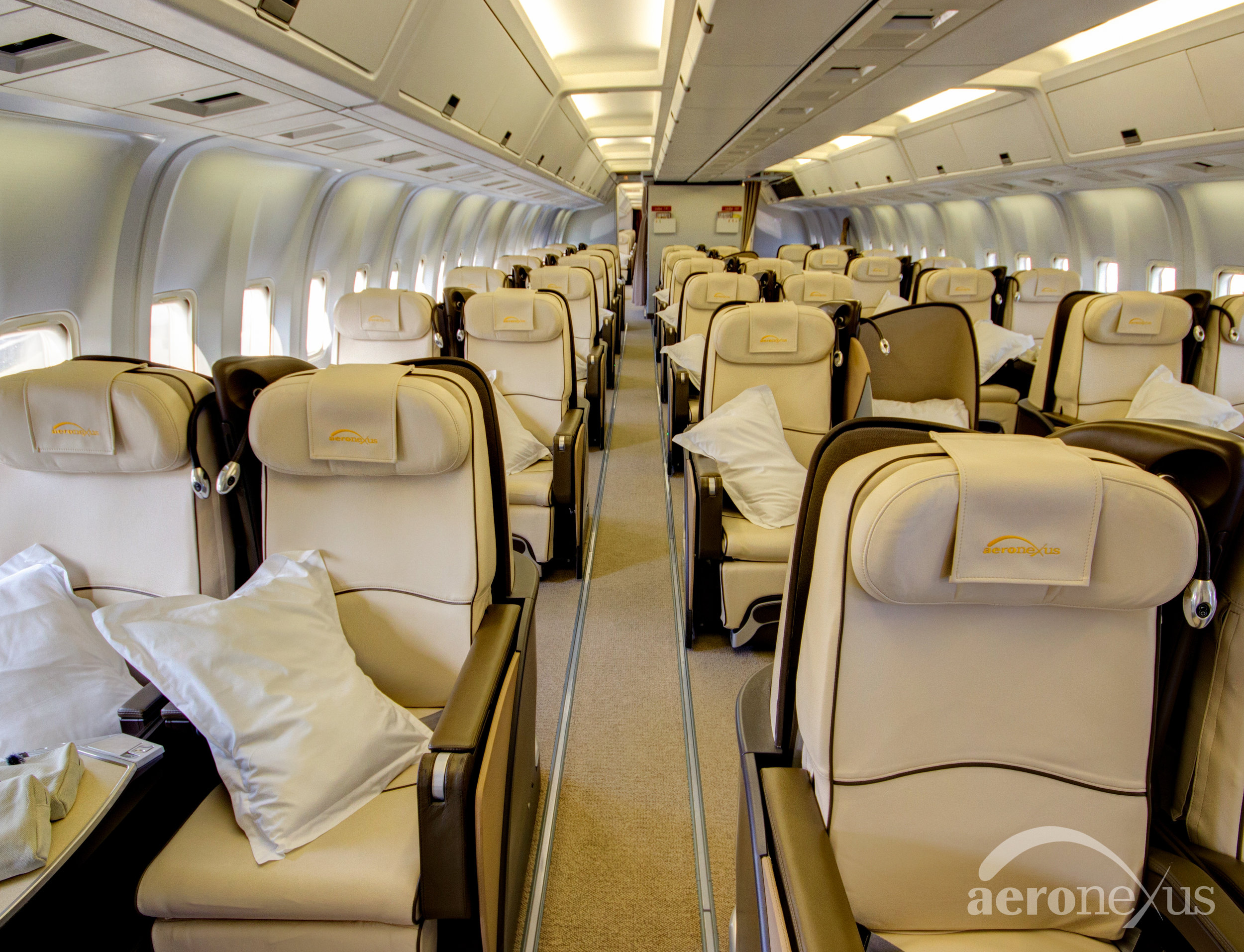 Aeronexus | VIP Boeing 767-300ER | Interior Seating