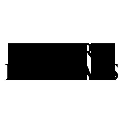 Luxury Retreats Logo.png