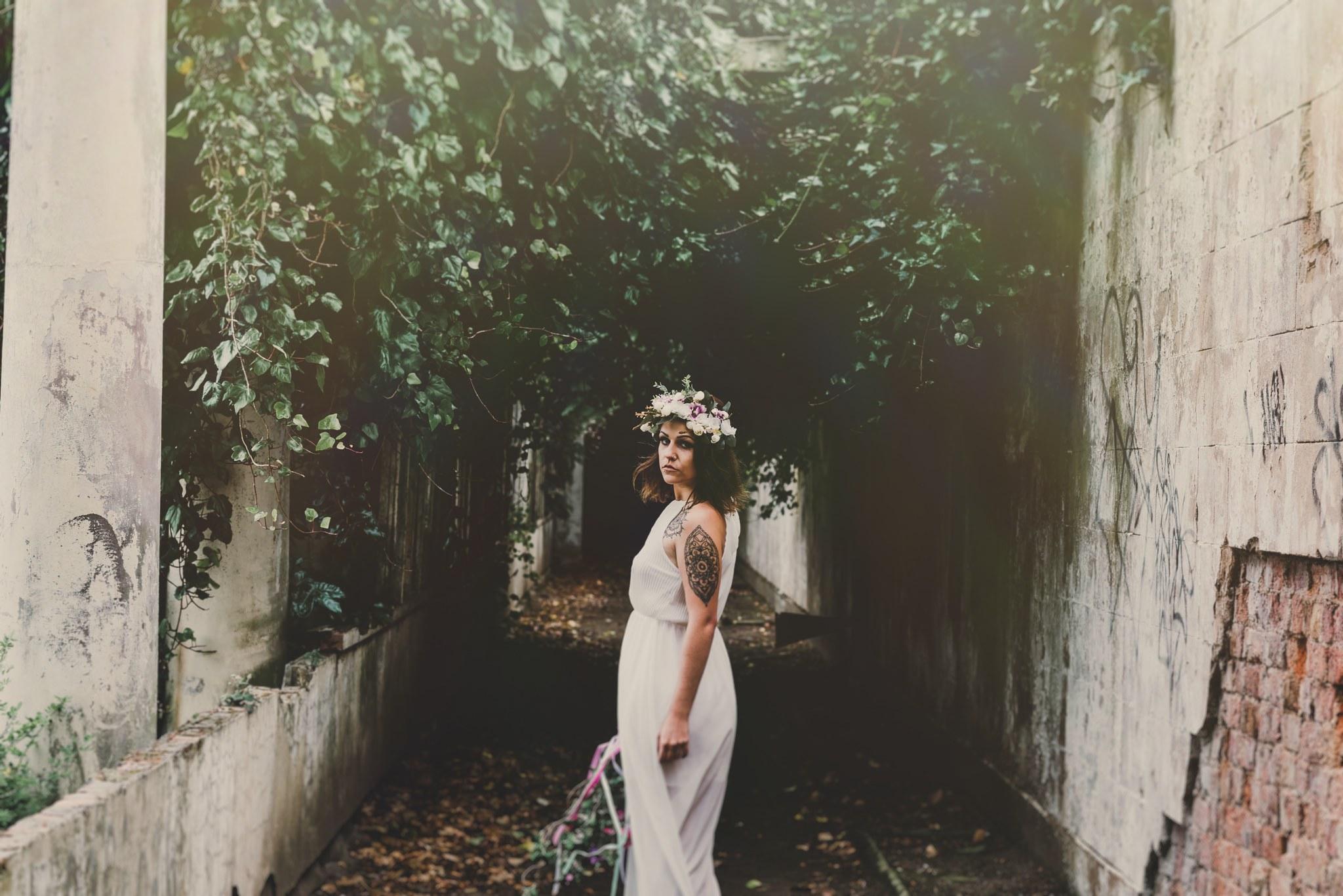 boho-free-spirited-bride-woodland-and-alternative-wedding-photography (33).jpg