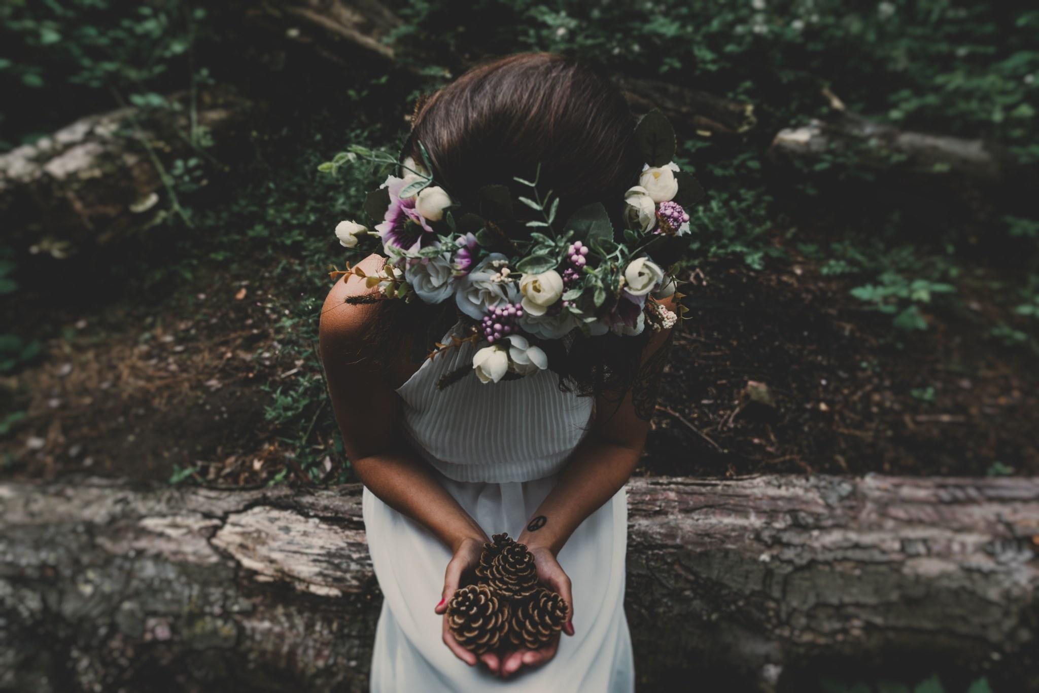 boho-free-spirited-bride-woodland-and-alternative-wedding-photography (39).jpg