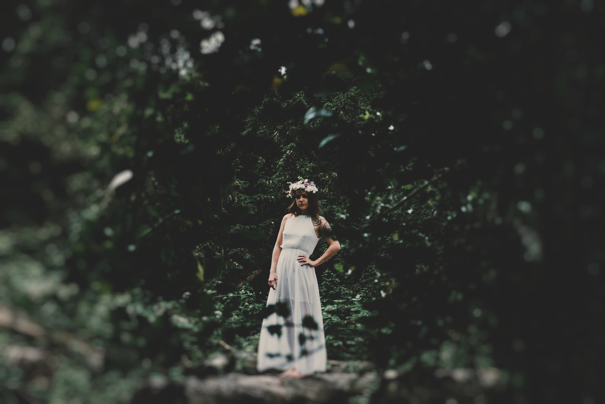 boho-free-spirited-bride-woodland-and-alternative-wedding-photography (47).jpg