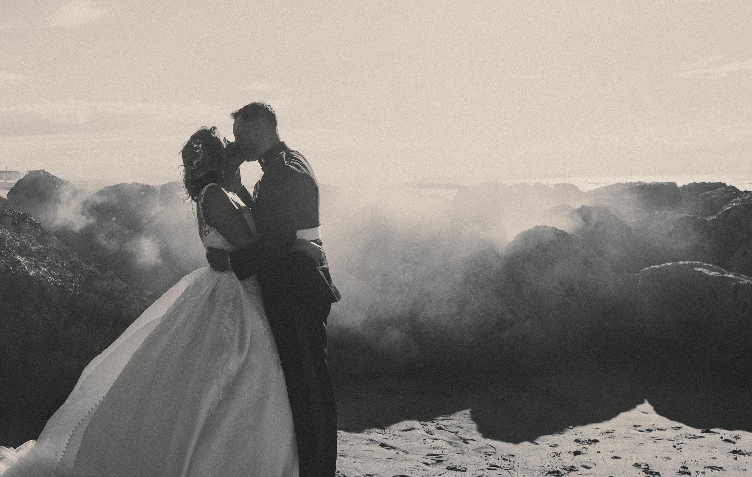Mr & Mrs Rhodes (677).jpg