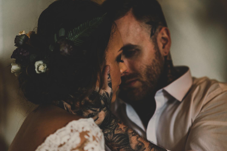 SHOOT: The Boho Bride - East Riddlesden Hall Shoot.