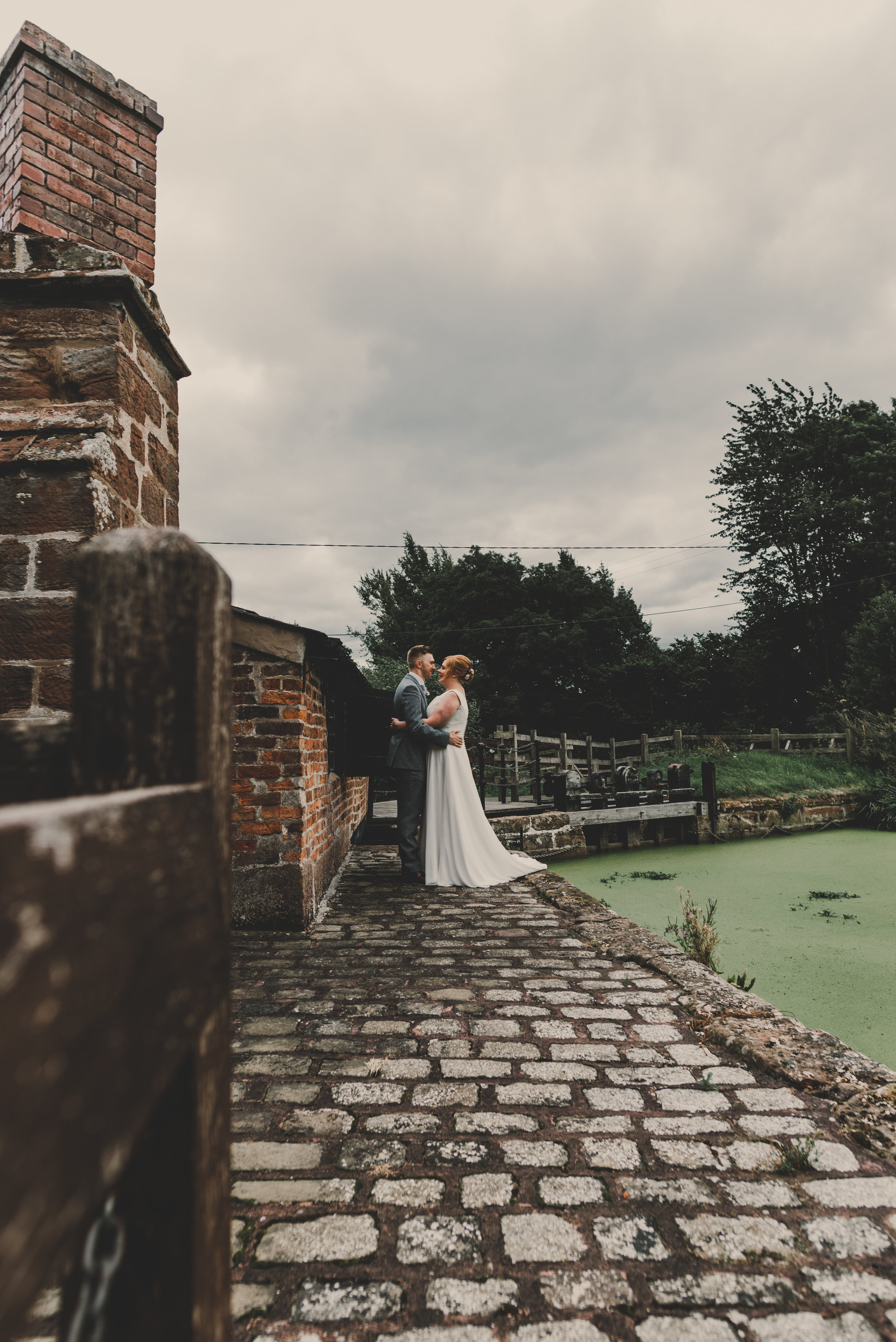 cheshire-alternative-wedding-photography-in-anglesey (2).jpg
