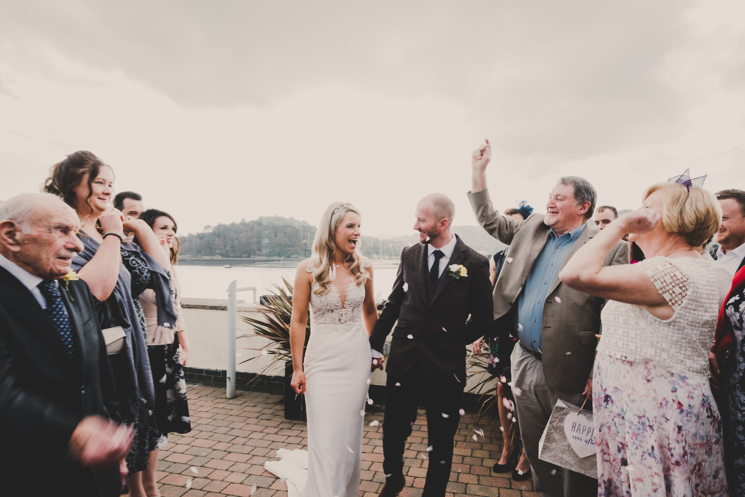 wales-wedding-photographer (34).jpg