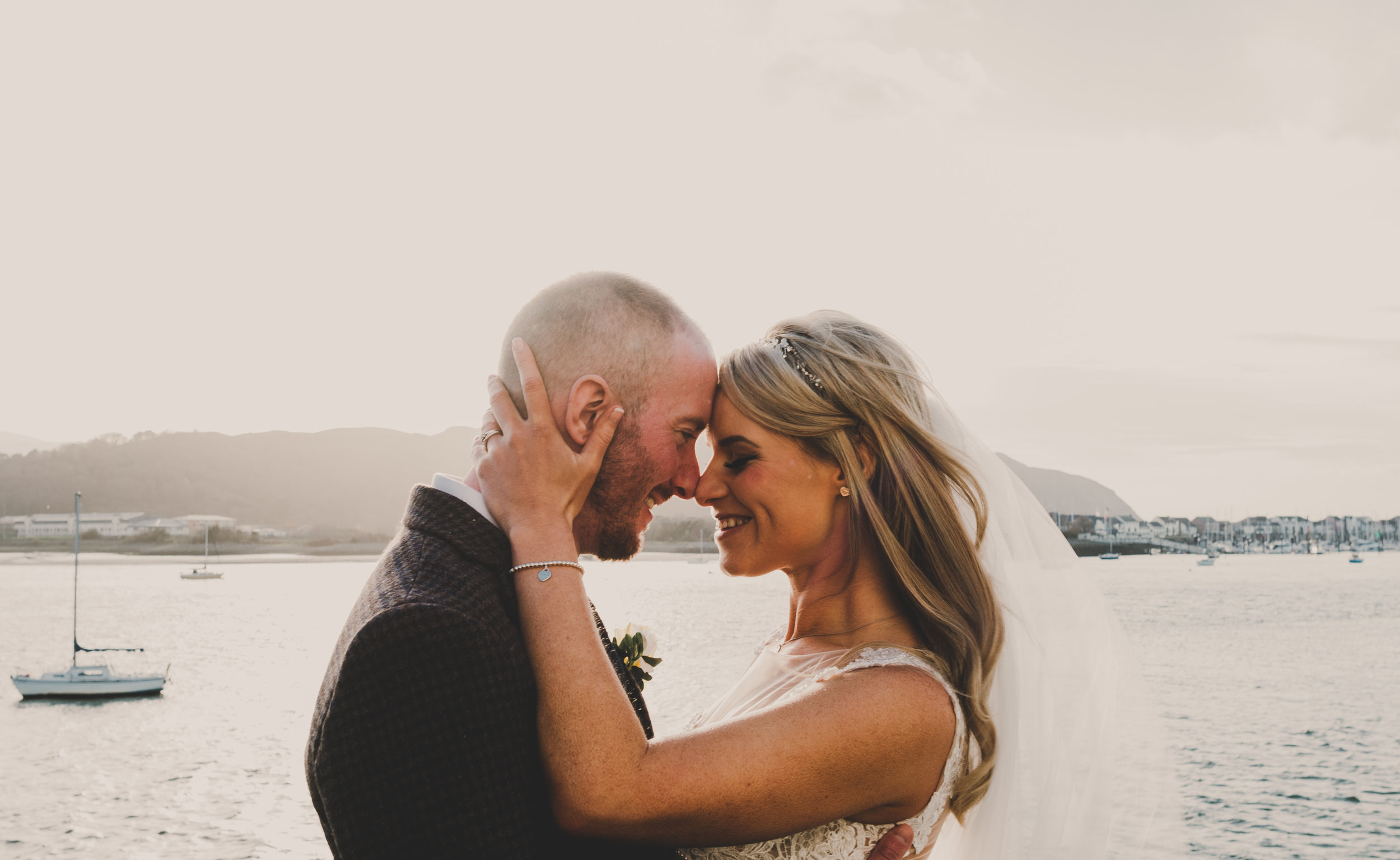 wales-wedding-photographer (38).jpg