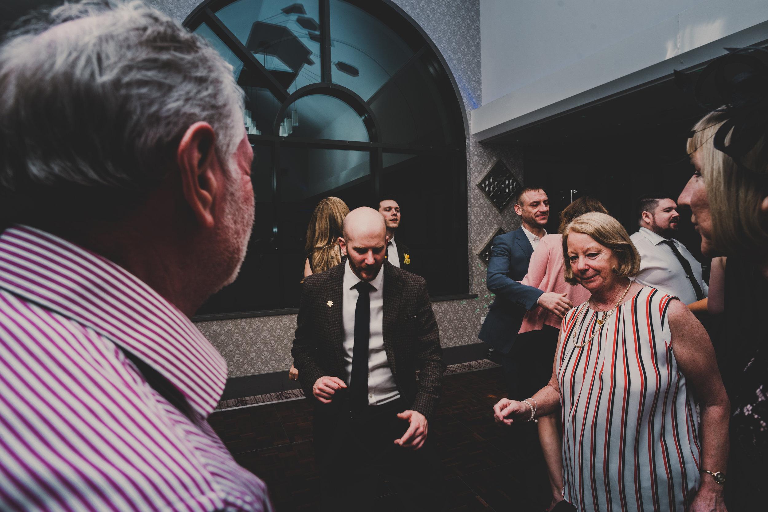 wales-wedding-photographer (63).jpg