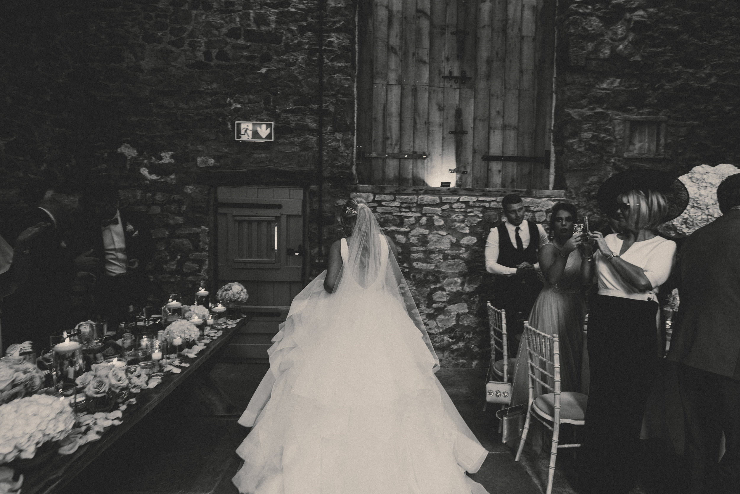 london-wedding-photographer-eden-wedding-barn-the-asylum-maverick-projects (26).jpg