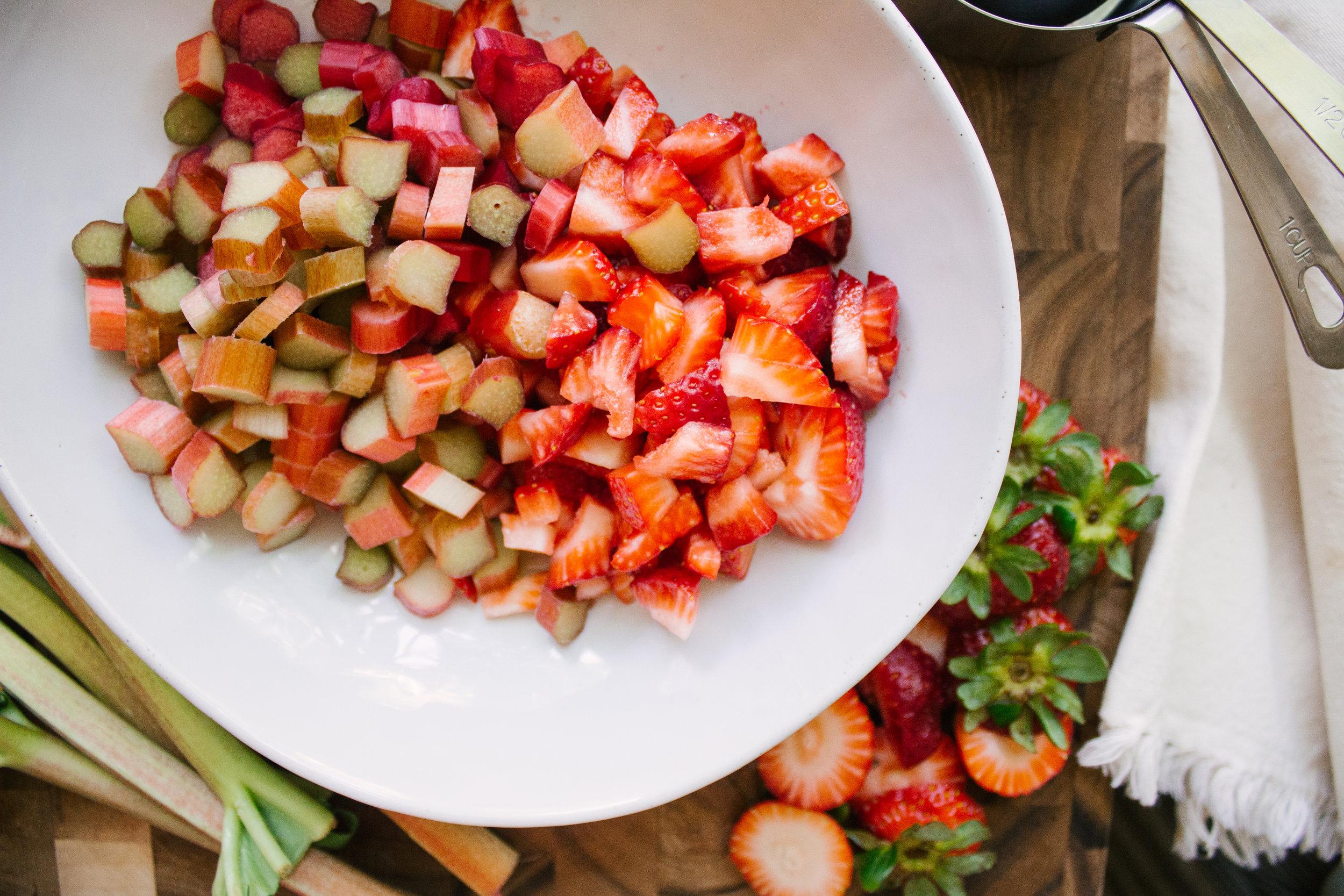 strawberry_rhubarb_bars-4.jpg