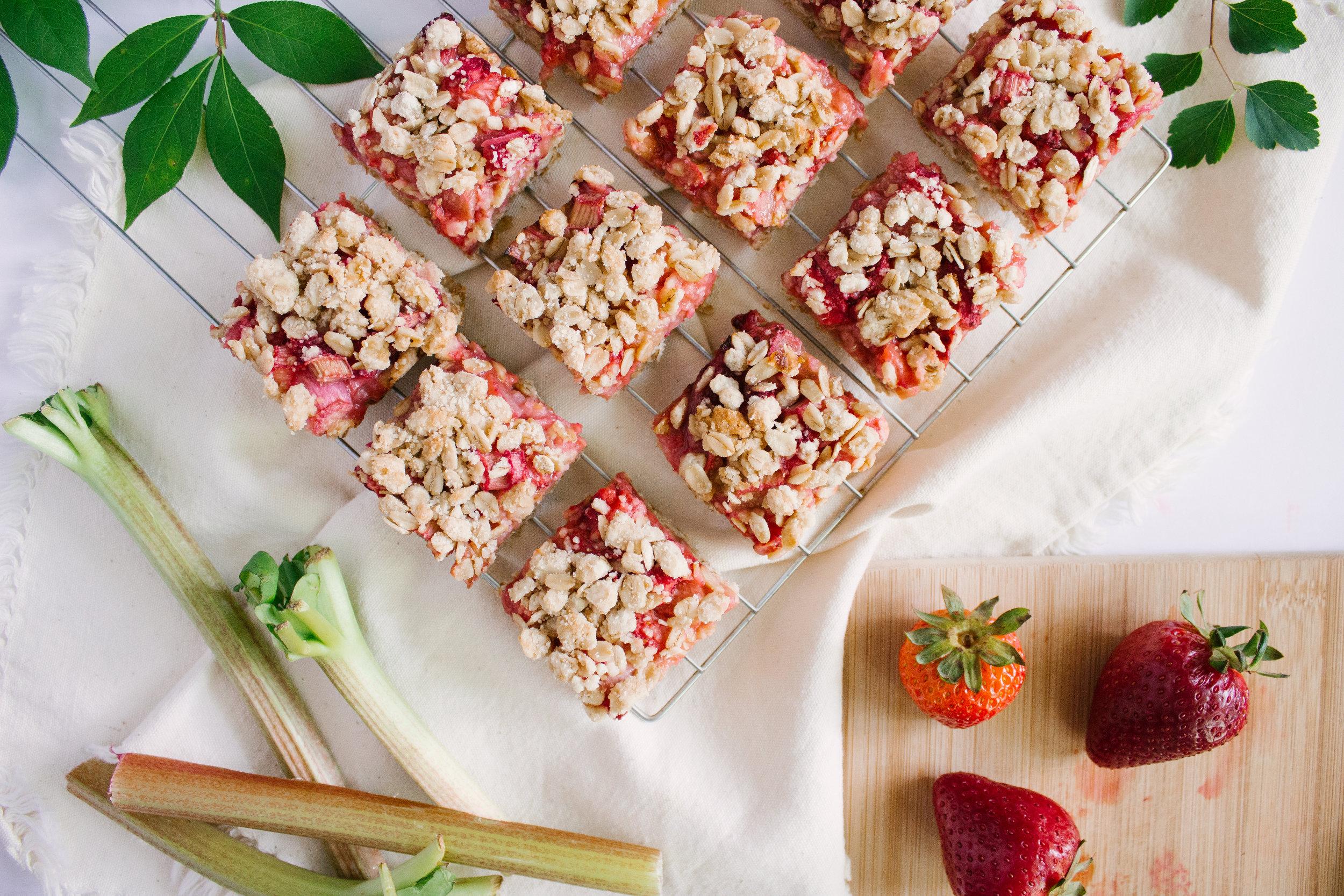 strawberry_rhubarb_bars-9.jpg