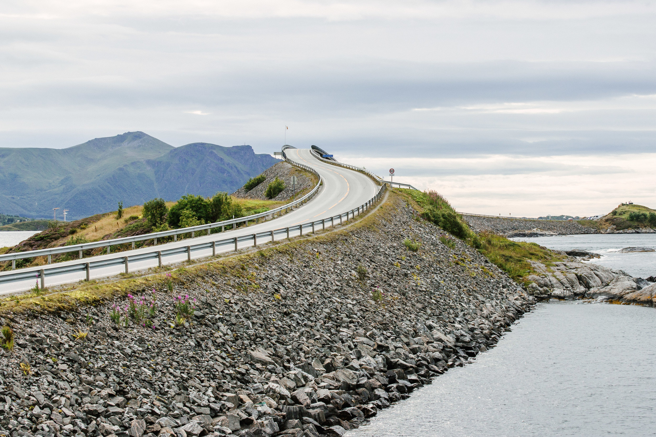 norway_atlantic_road-2.jpg