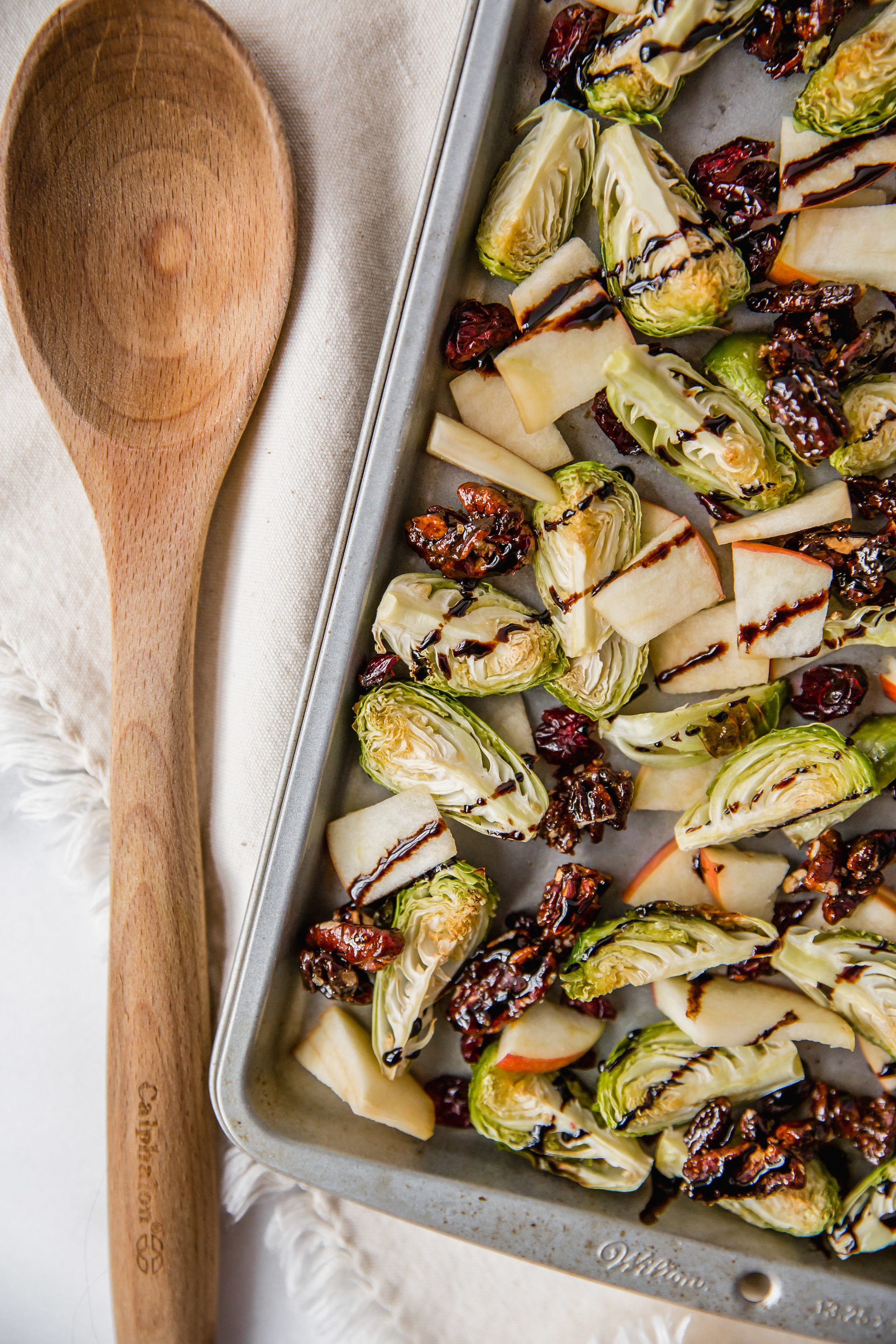 brussel_sprouts_balsamic_glaze_apple_cranberry-4.jpg