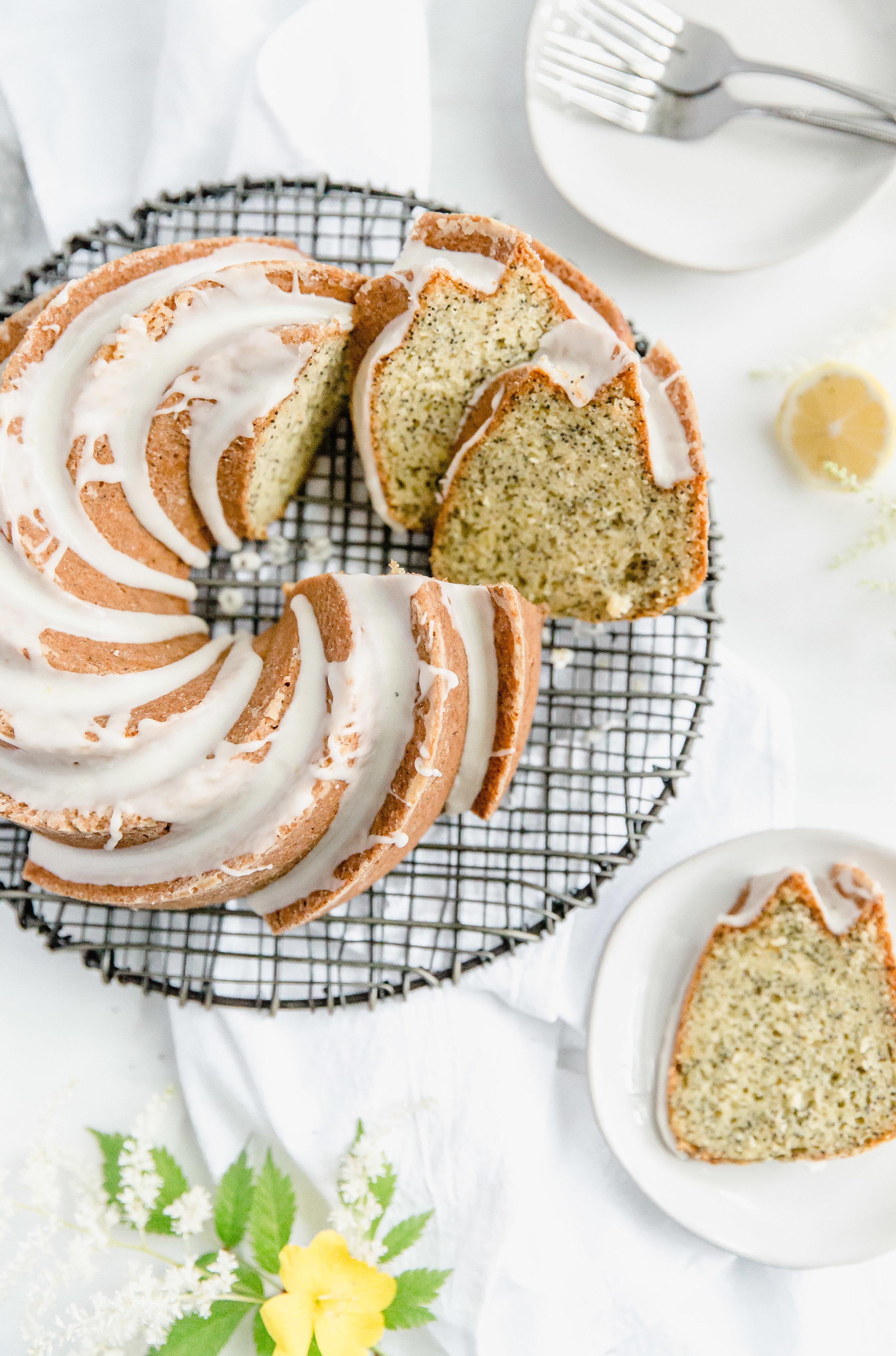 lemon-poppy-seed-bundt-cake-with-lemon-glaze-9.jpg
