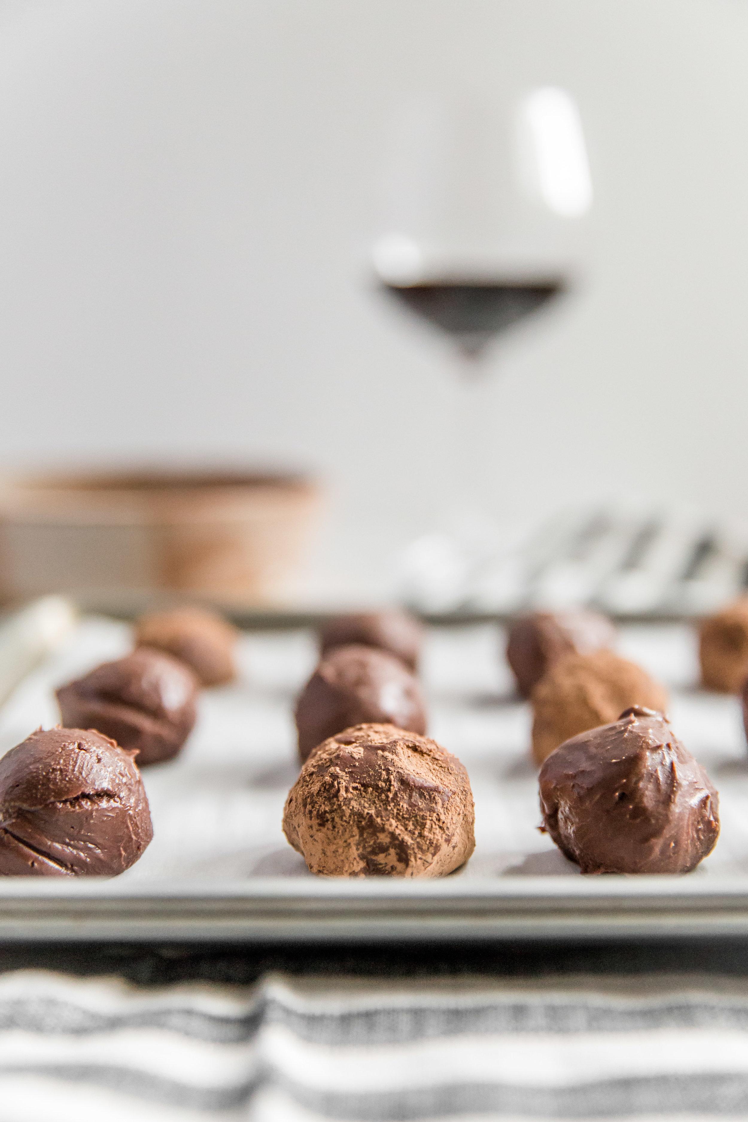 chocolate-wine-truffles-6.jpg