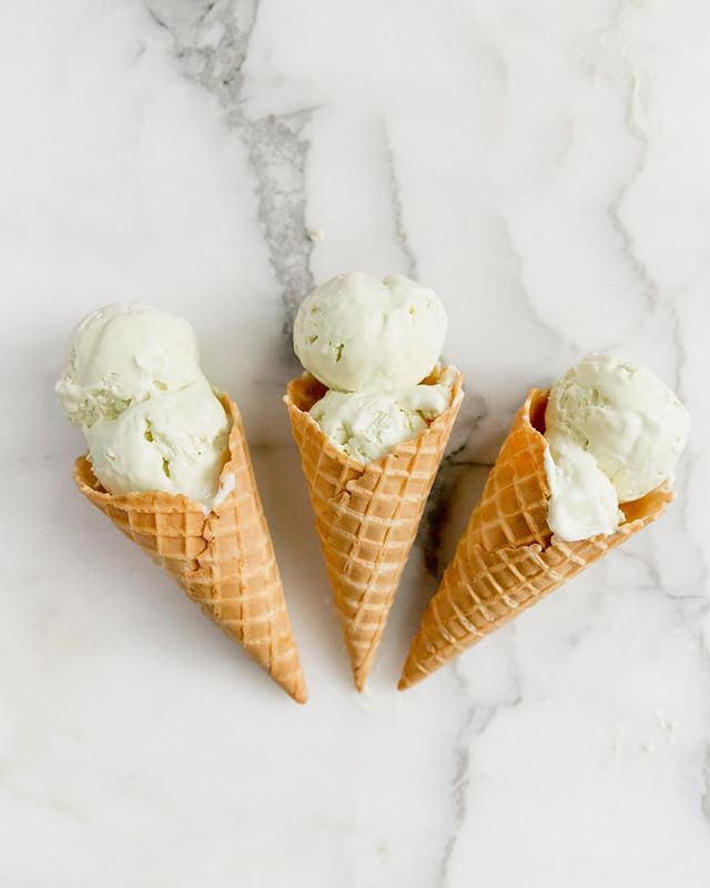 The Fourth of July is only 1 week away, and I am already dreaming about homemade ice cream! What's your favorite ice cream?! Mine is mint... or salted caramel - I can't decide! 🙈 • • • • • • #bakersofinstagram #feedfeed #bghfood #bakedfromscratch #todaybreakfast #food52 #TOHfoodie #rslove #f52digin #beautifulcuisines #mypinterest #f52grams #thebakefeed #imsomartha #tastingtable #kitchn #forthemaking #instayummy #foodstylist #heresmyfood #makeitdelicious #mywilliamssonoma #wsbakeclub #tosaltandsee