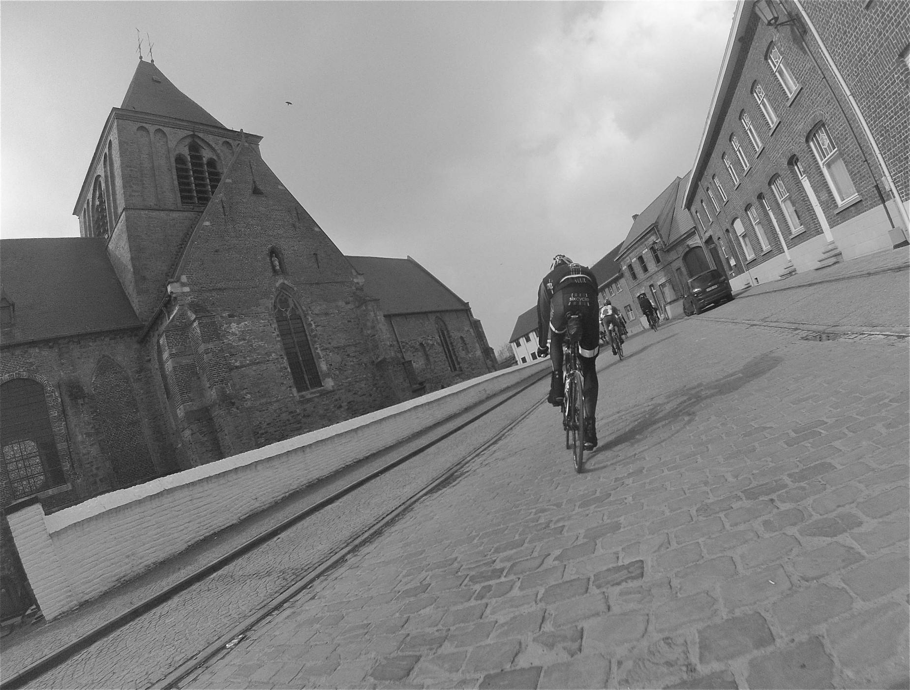 Team-Sixcycle-in-Belgium-3018-1850x1402.jpg