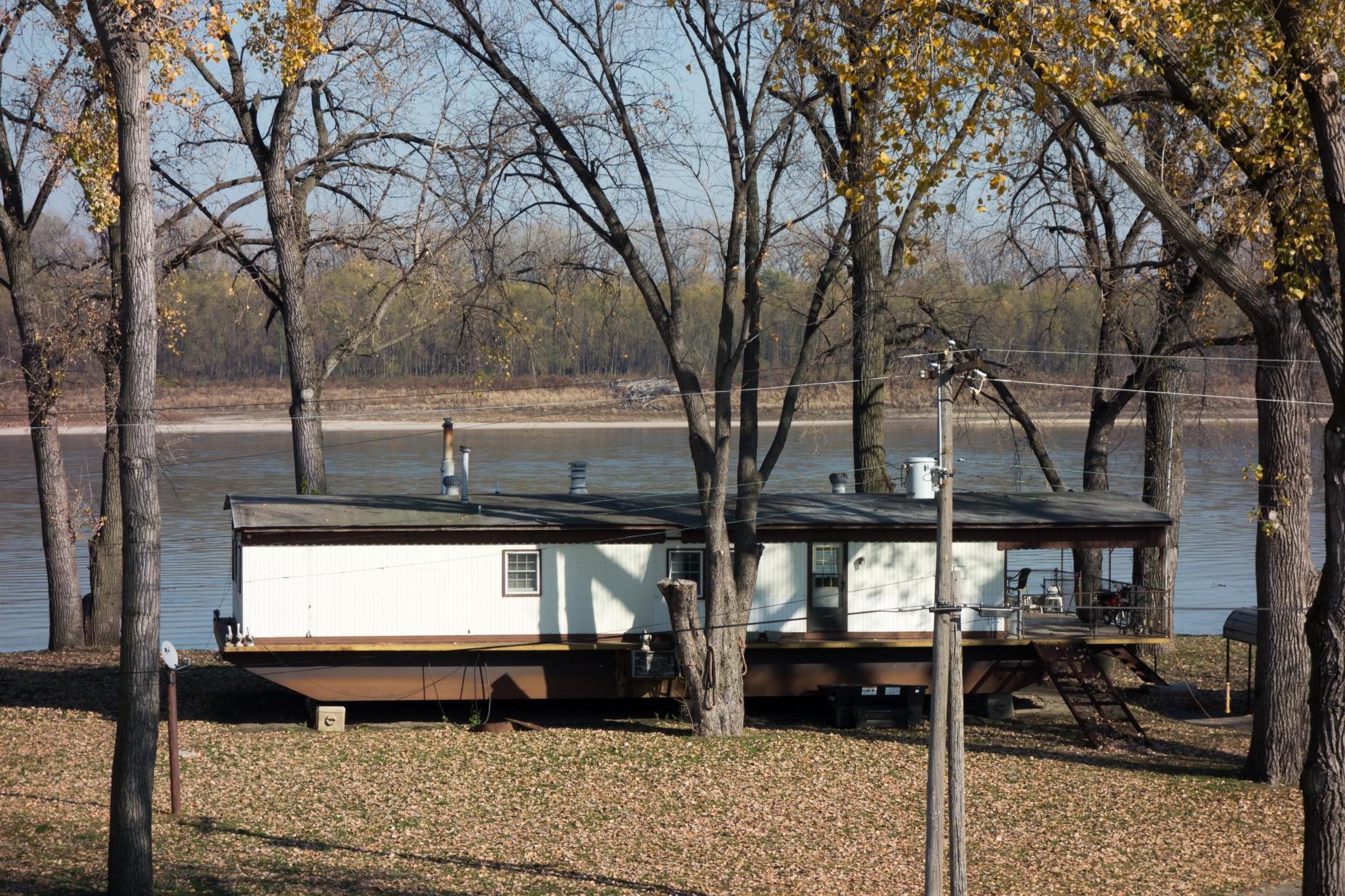St-Louis-Bicycling-Riverview-Trail-27-1850x1233.jpg