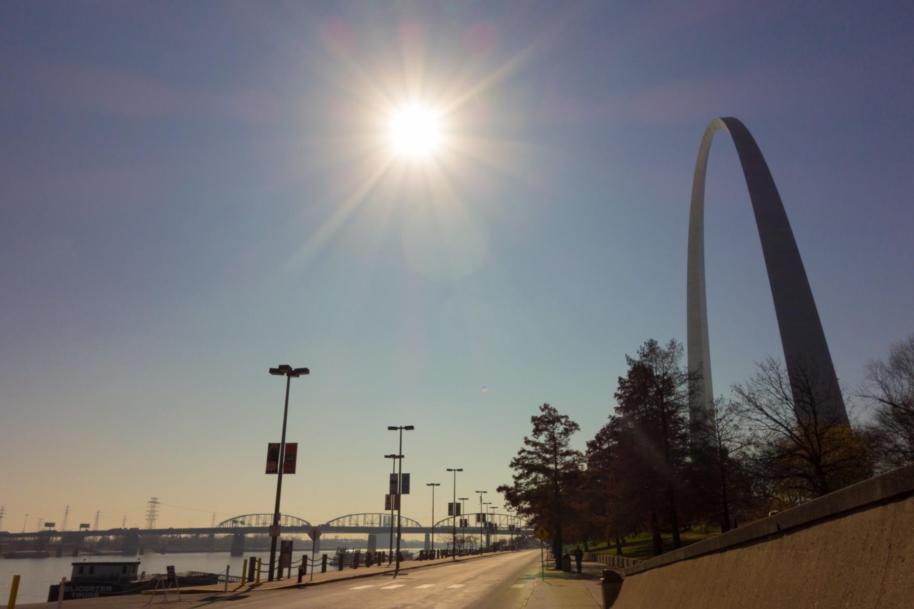 St-Louis-Bicycling-Riverview-Trail-10-1-1850x1233.jpg