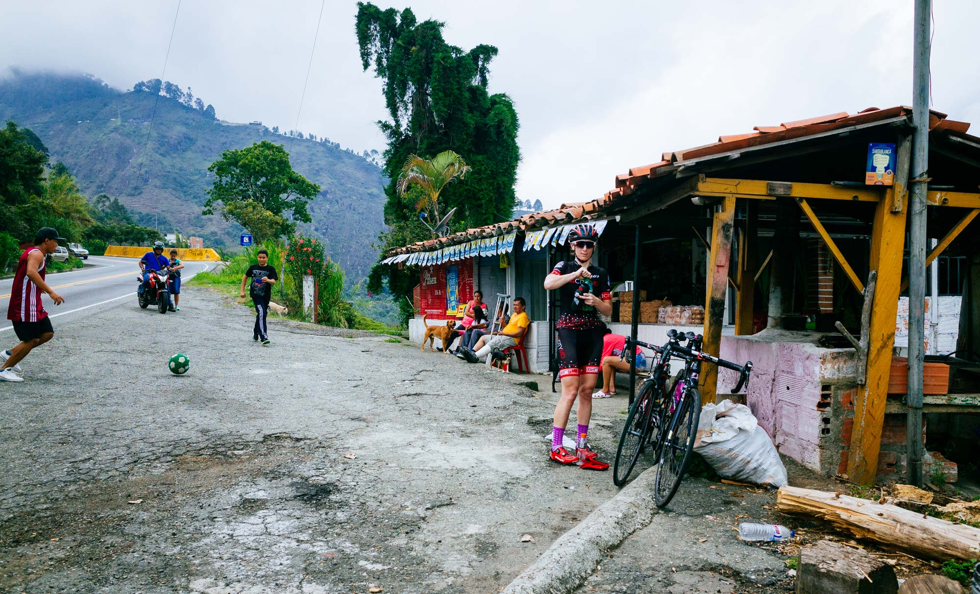 to-be-determined-photo-rhetoric-cycling-in-colombia-1021.jpg