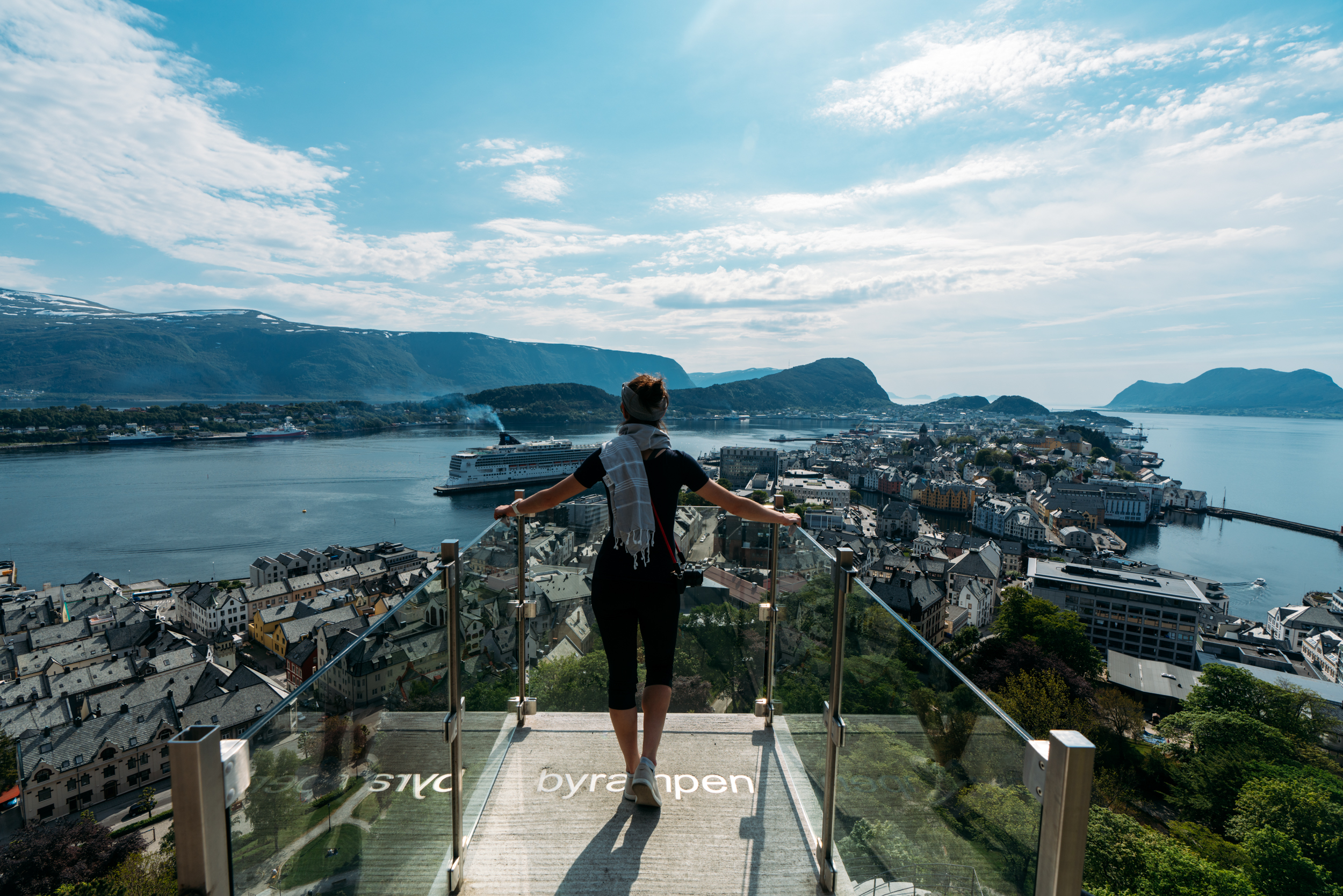 The view that greeted us on our first day in Ålesund, midway up to the Askla viewpoint.