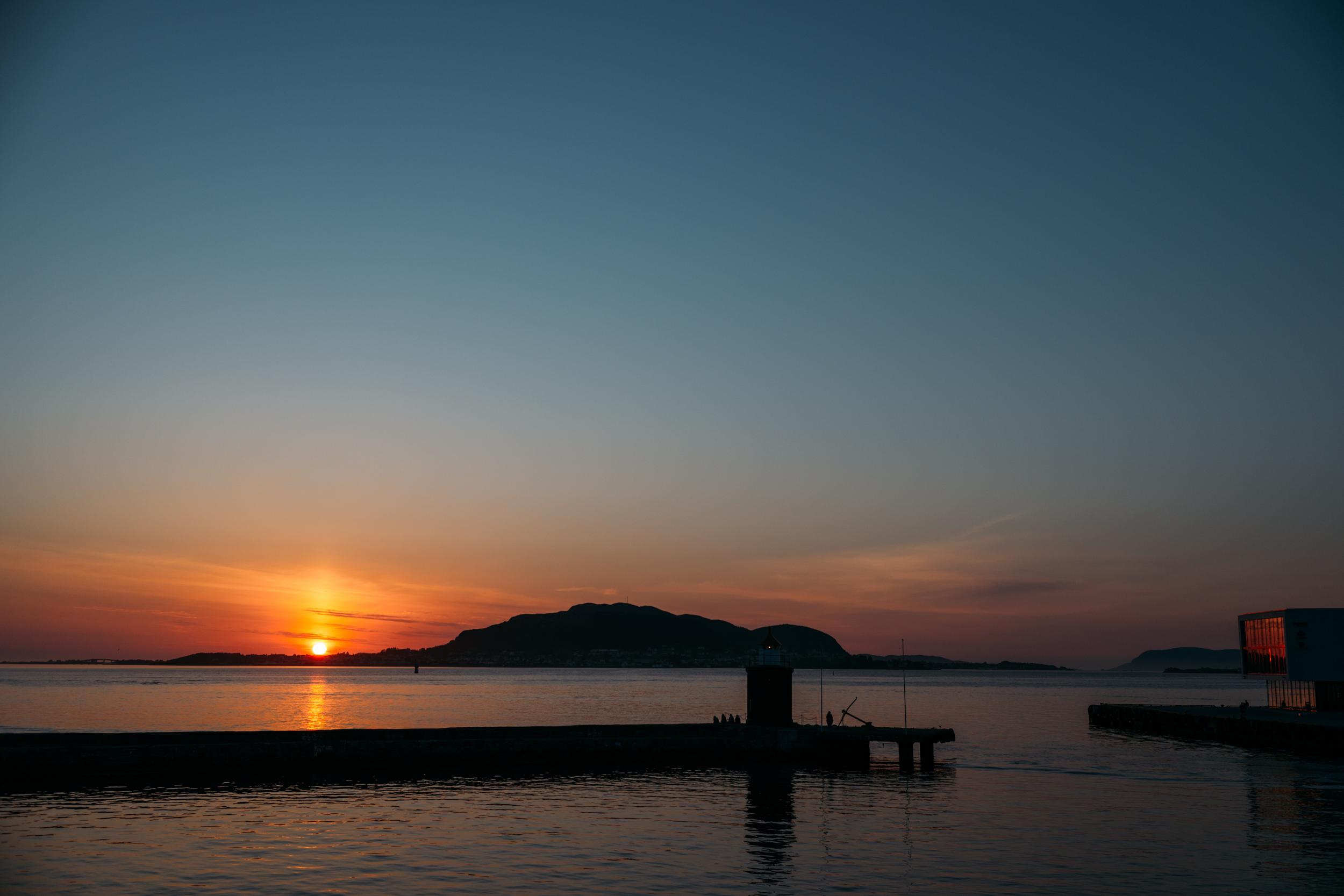 One last sunset view of Ålesund.