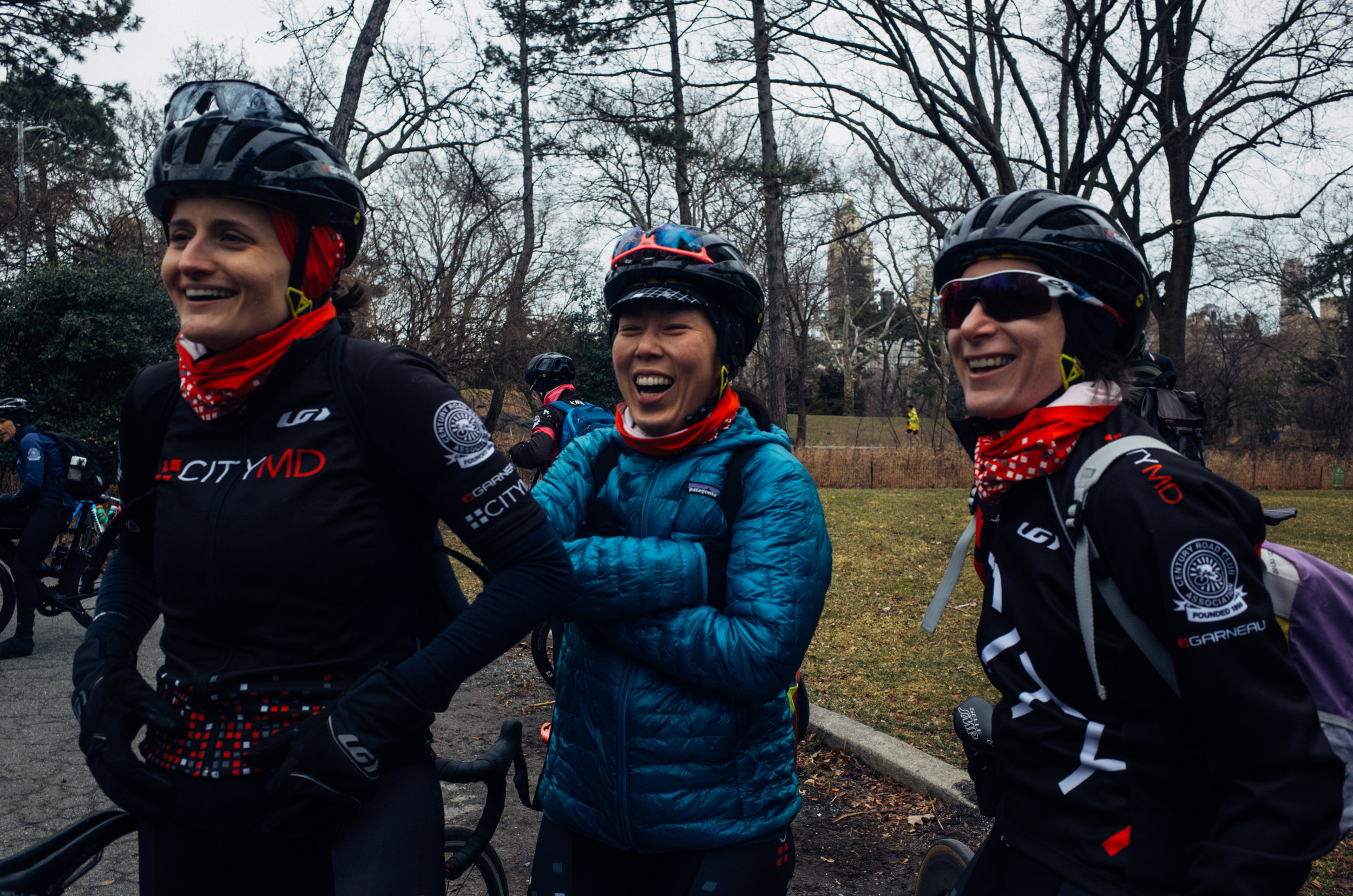 Post-race smiles and story telling with our friends from CityMD Women's Racing.
