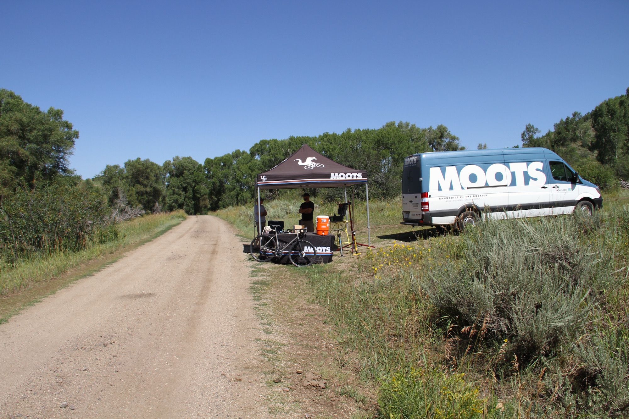 moots-set-up-in-cow-creek-with-about-8-miles-to-go_48587411687_o.jpg