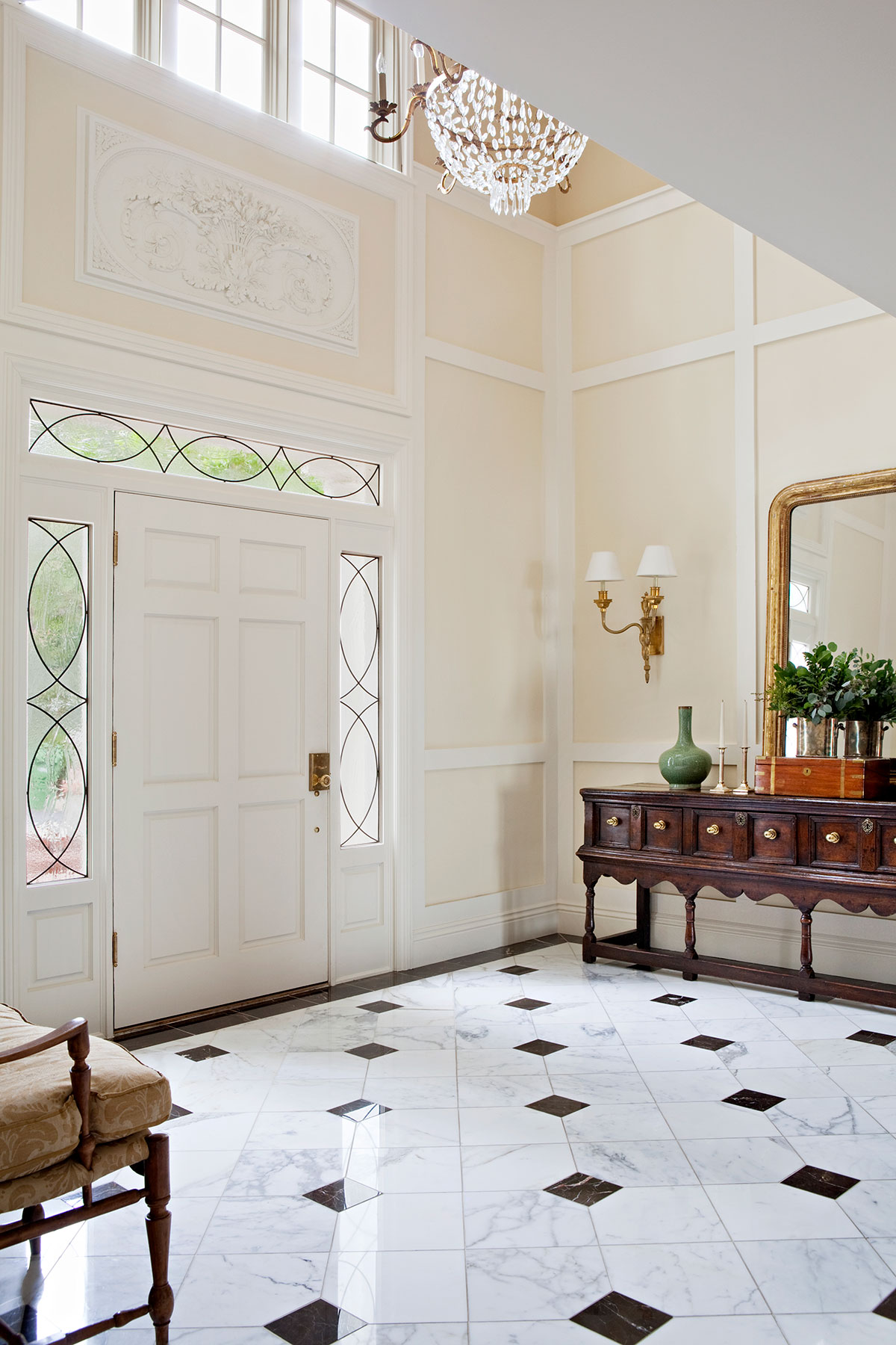 Traditional Foyer