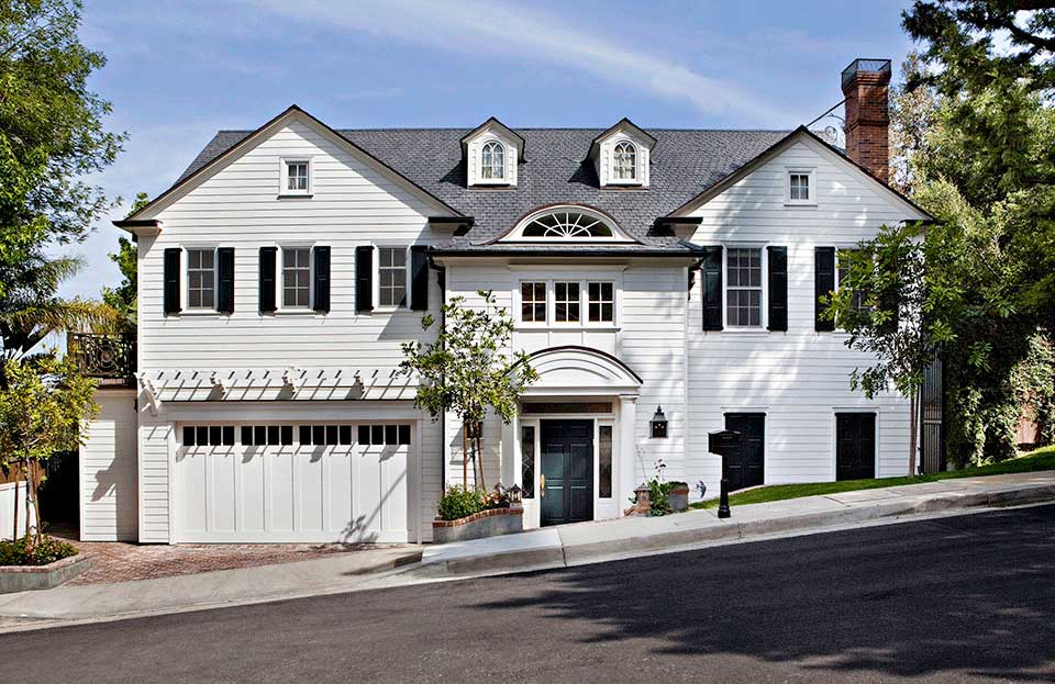 Traditional style house in the Hollywood Hills designed by Los Angeles residential architecture firm Tim Barber Ltd.