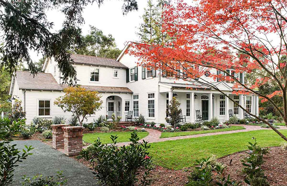 Traditional Southern Colonial Revival Home in Atherton, California