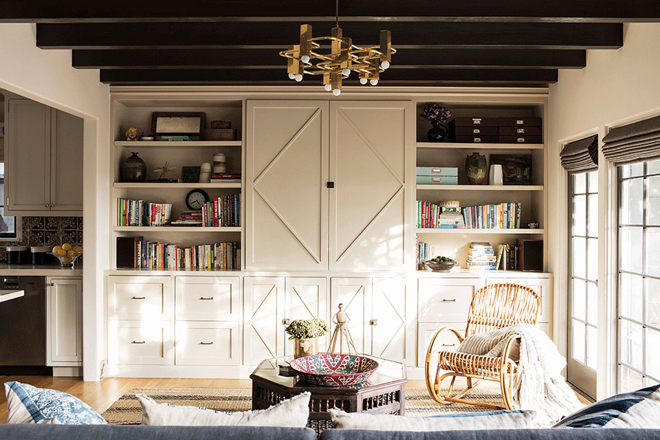 Entertainment-Center-Spanish-Colonial-Revival-Residence-in-Santa-Monica-Tim-Barber-Ltd-Architecture-and-Kishani-Perera-Interior-Design.jpg