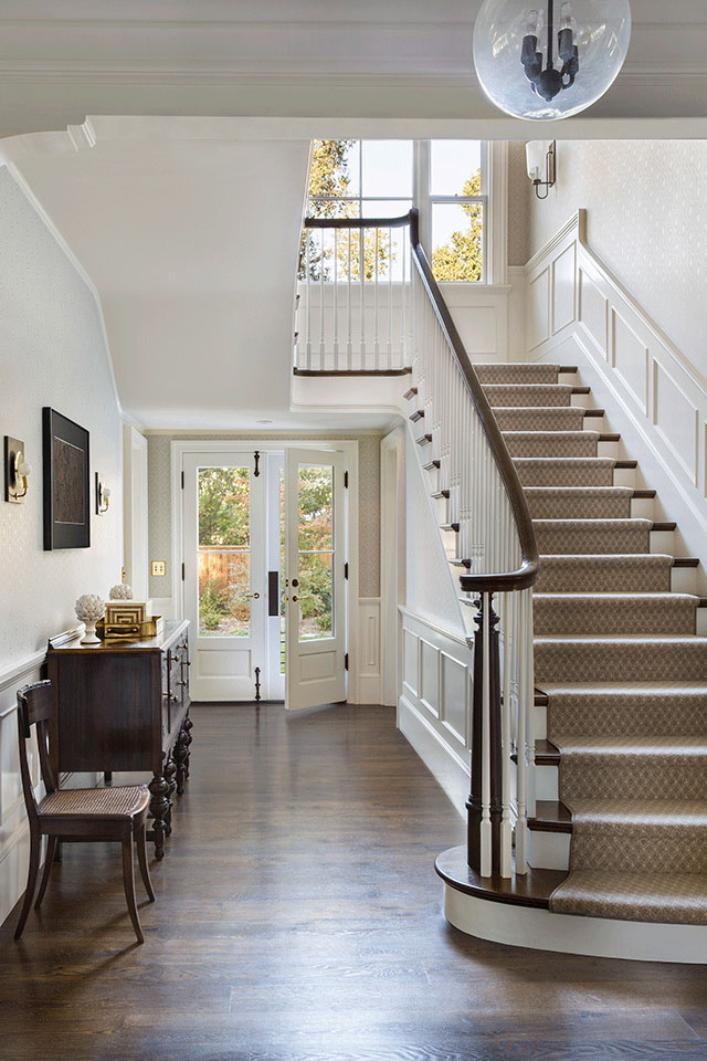 Foyer-Traditional-Southern-Colonial-Revival-Home-in-Atherton-California-by-Tim-Barber-Ltd-Architecture-and-Artistic-Designs-for-Living-Tineke-Triggs.jpg