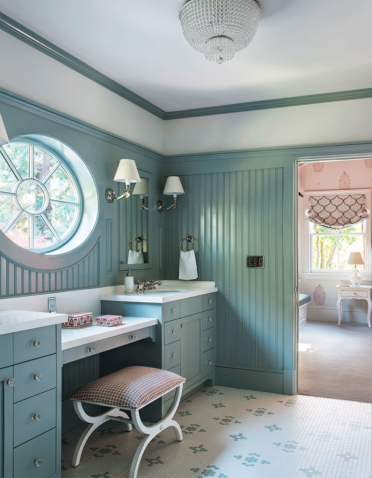 Girls-Bath-and-Vanity-Traditional-Southern-Colonial-Revival-Home-in-Atherton-California-by-Tim-Barber-Ltd-Architecture-and-Artistic-Designs-for-Living-Tineke-Triggs.jpg