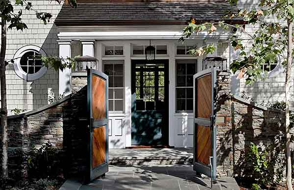 Shingle Style House in Beverly Hills