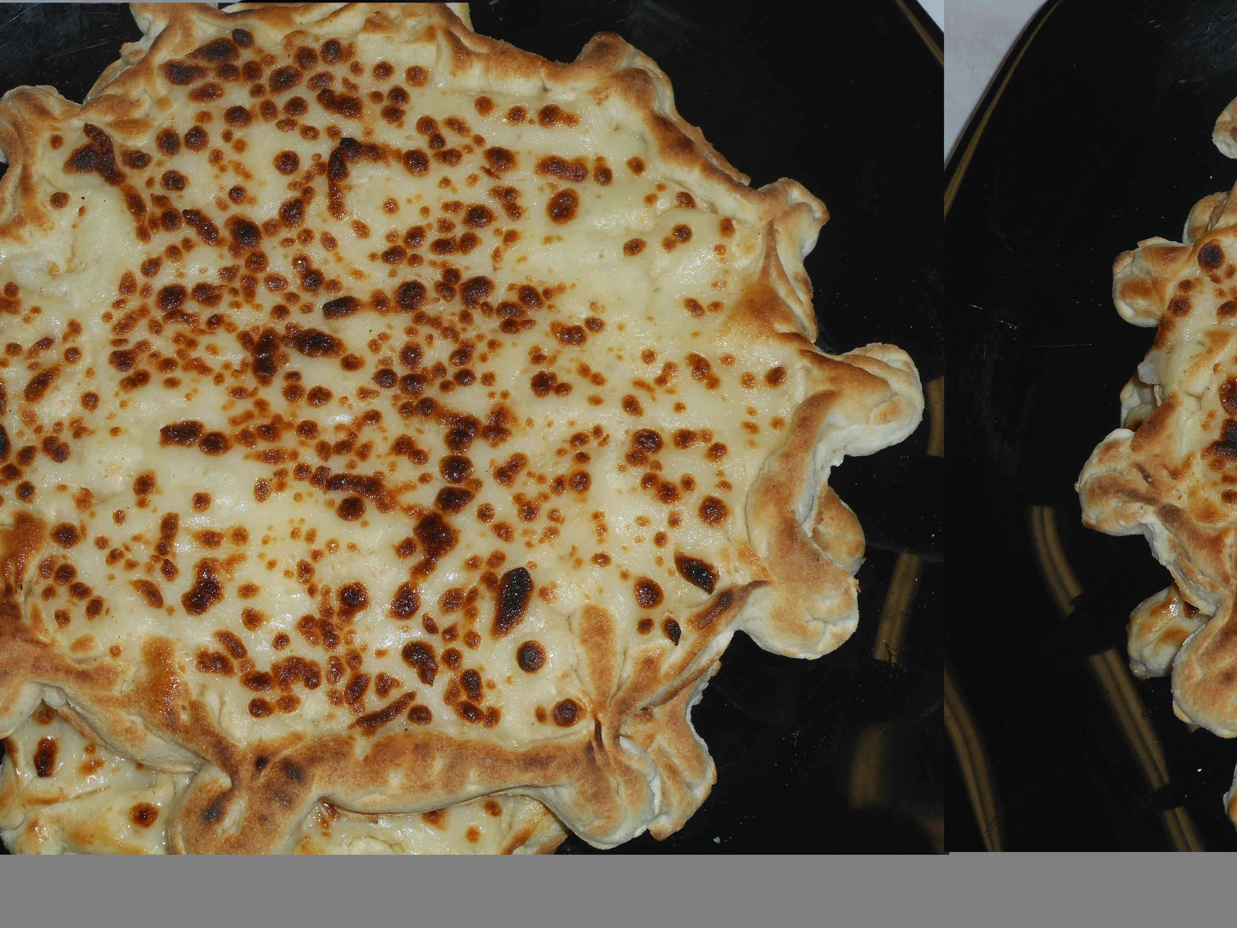 Cheesy-Zatar-Bread-Pak-Halal-Mediterranean- Grocery-Store-12259-W-87th-St-Pkwy-Lenexa-KS-66215.JPG