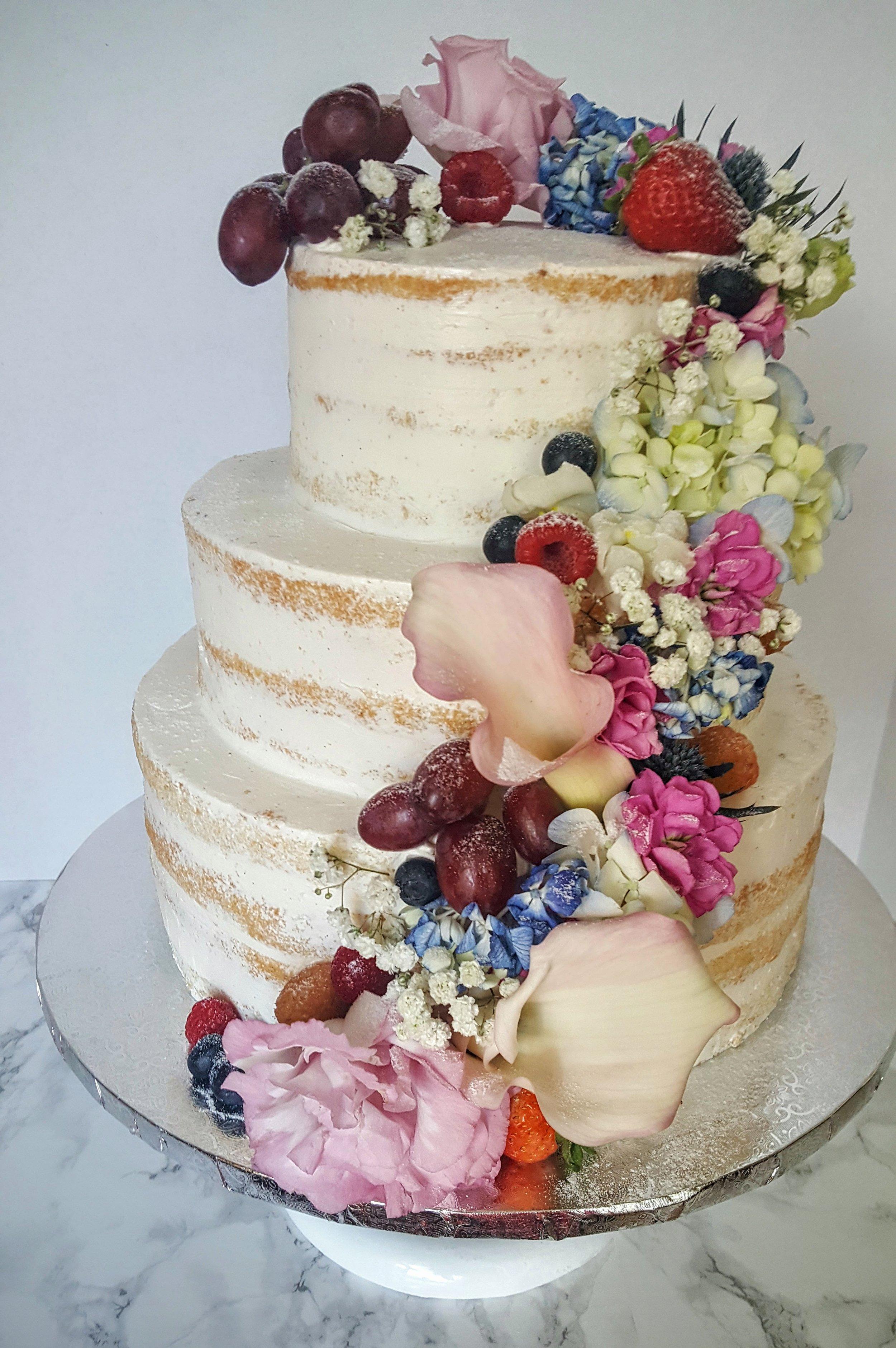 Austin's and Maria's wedding cake