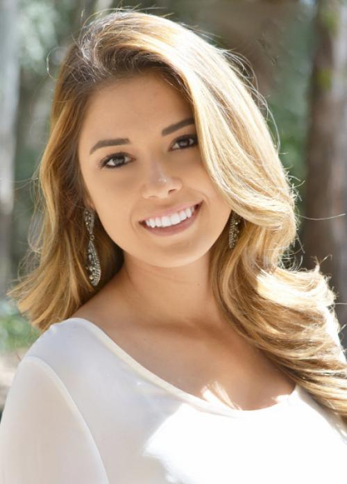 Miss-Merced-County-Malina-Meza.jpg