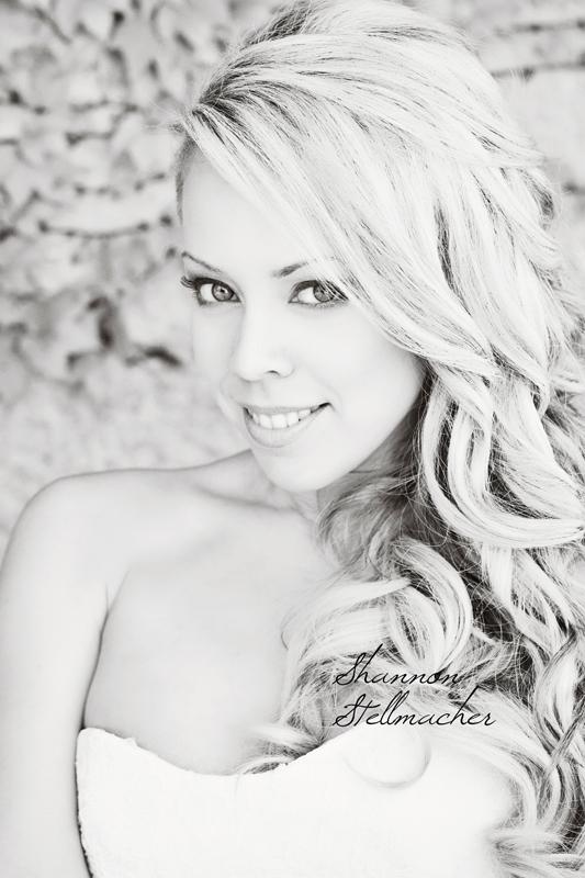 gorgeous bride 1web