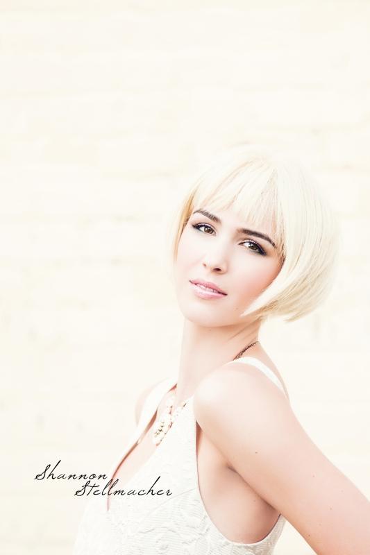 urban blonde fashion.jpg