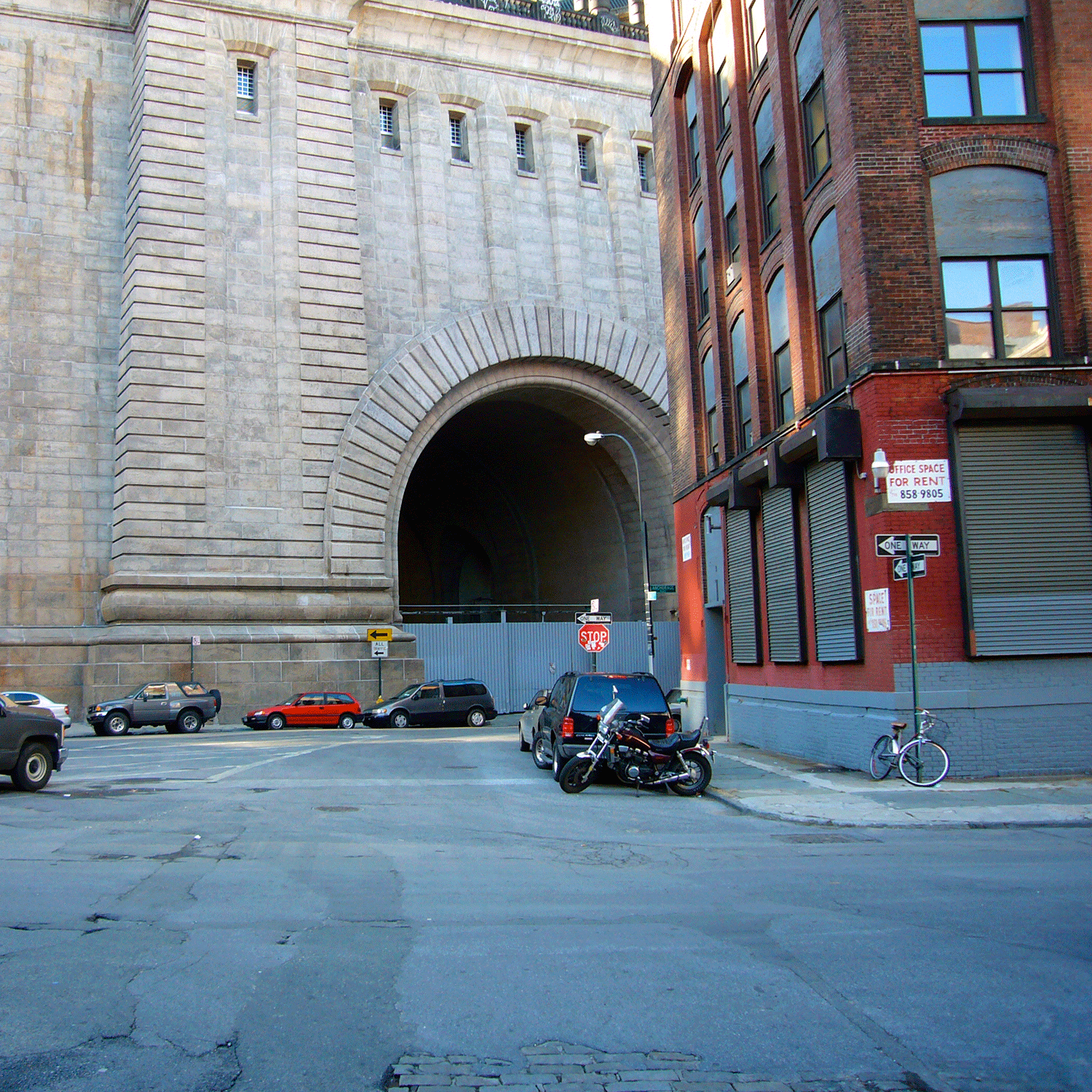 placemaking-dumbo-archway-before