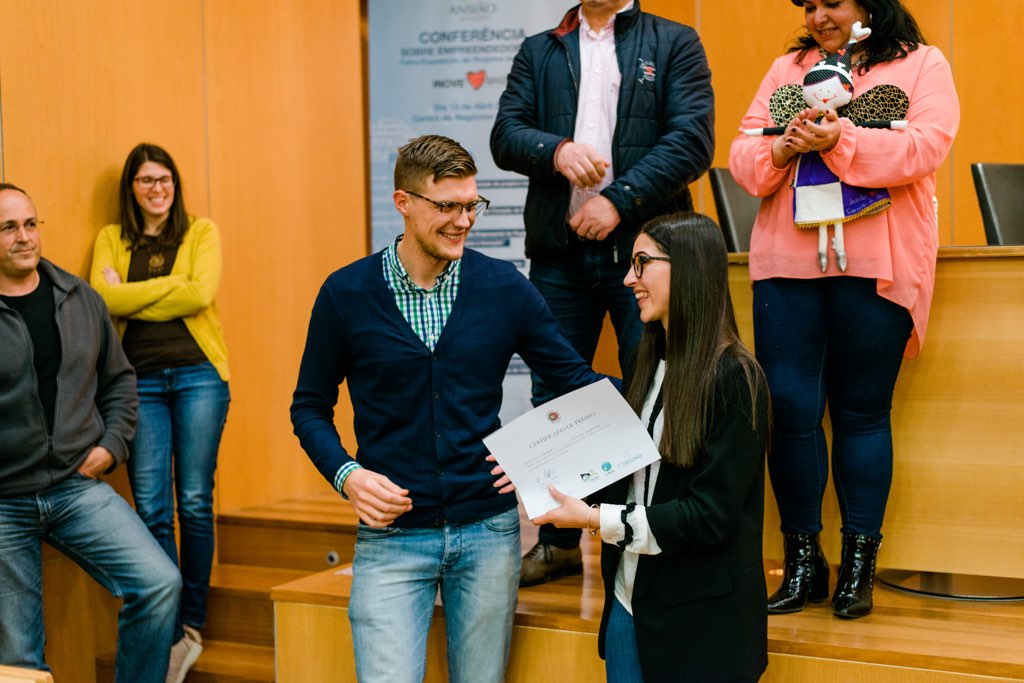 "Tatiana Arneiro won Friends of Portugal's BOOST prize of 250 euros for her project ""Smartkey"" an application that would help hotel and Airbnb guests open room doors using    NFC    technology."