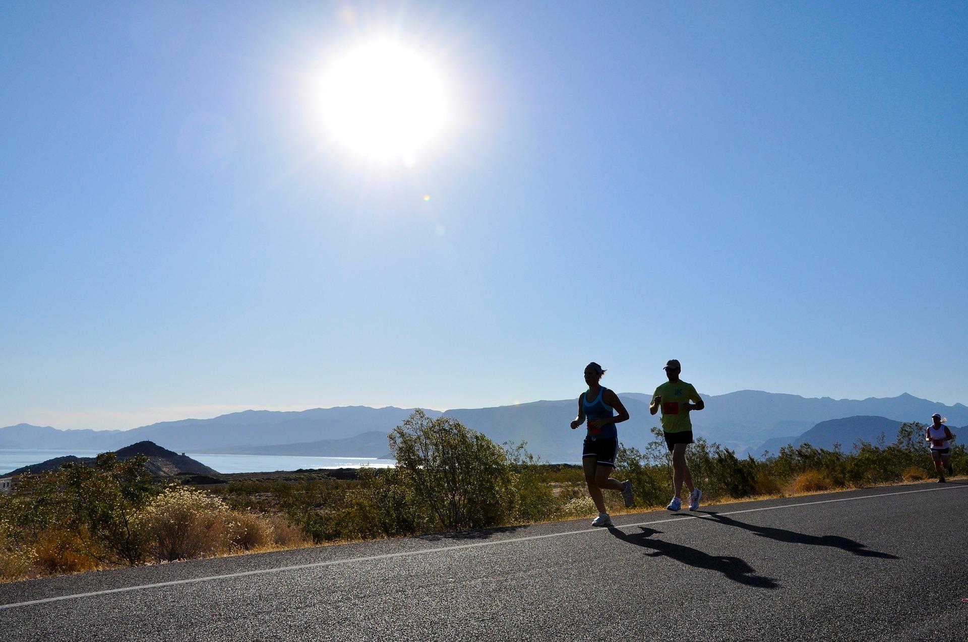 runners-1829201_1920.jpg