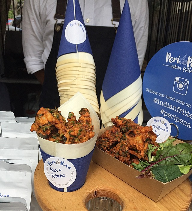 Pea & potato fritters at @glebemarkets right now! Come on down! . . . . #periPena #indianFritterie  #indianFood #sydney #kirribilliMarkets #kirribilli #sydneyFoodie #sydneyFood #foodstagram #vegan #glutenFree #vegetarianFood #peas #potato #samosa #worldpeas #worldPeace #fritters #veganSydney #sydneyVeganGuide #sydneyEats #sydneyVegans #myfab5 #eatYourGreens #glebe #glebemarkets #sydneyMarkets #harbourBridge #milsonsPoint #eatforthebetter