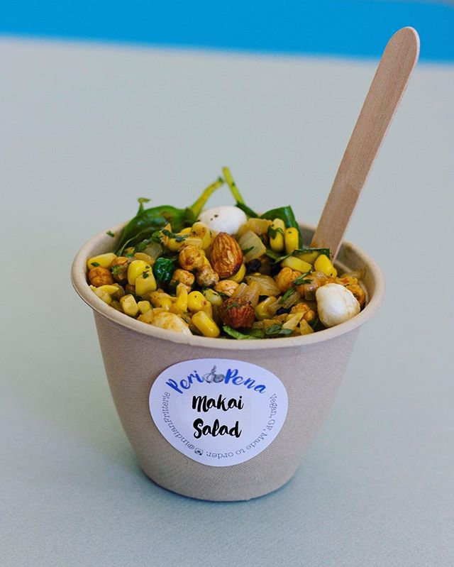 We promised a new recipe and here it is!! The perfect summer accompaniment to your hot fritters - The Makai Salad! Sweet corn, roasted chick peas, almonds, fox nuts, herbs, spinach tossed together in a spicy vinaigrette! Yes it is vegan and gluten free too! Get yours tomorrow at @kirribilli_markets from 8:30am to 3:00 pm! . . . .  #periPena #indianFritterie #indianFritters #indianFood #sydney #kirribilliMarkets #kirribilli #sydneyFoodie #sydneyFood #foodstagram #vegan #glutenFree #vegetarianFood #kale #cauliflower #onion #fritters #veganSydney #sydneyVeganGuide #sydneyEats #sydneyVegans #myfab5 #spinach #corn #eatYourGreens  #spinachCornFritters #onion #onionFritters #sydneyMarkets #harbourBridge #milsonsPoint