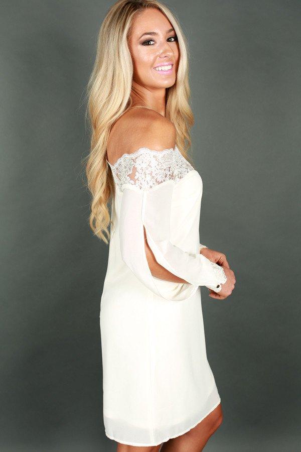 1705163615000-2017052213462200-c7ae58ffgenuinely-gorgeous-off-shoulder-shift-dress_1024x1024.jpg