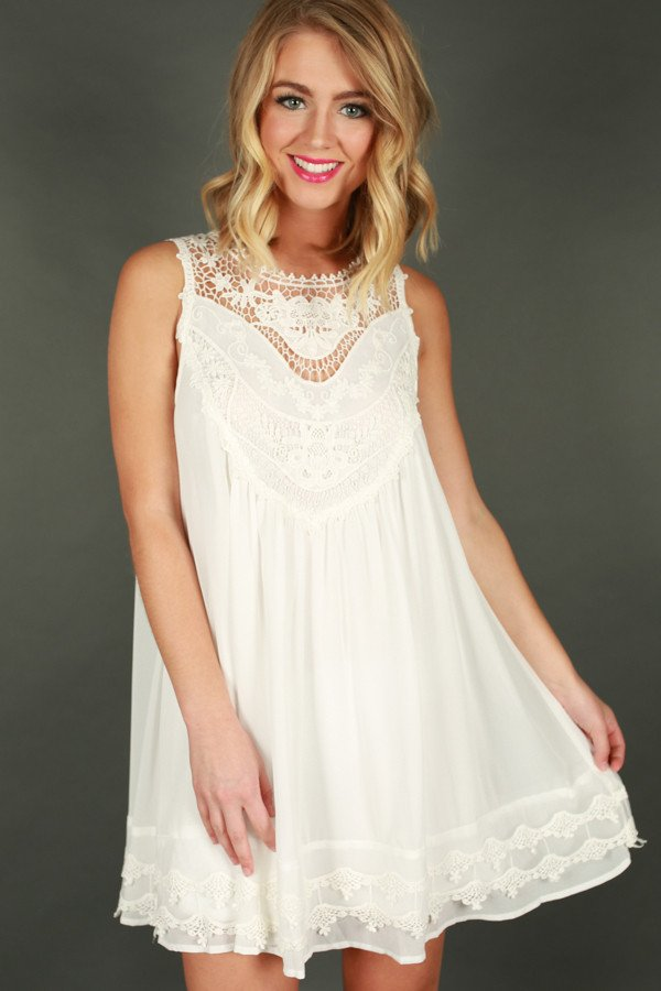 1704247643000-2017042713104700-b9898c20simple-pleasures-crochet-dress-in-white_1024x1024.jpg