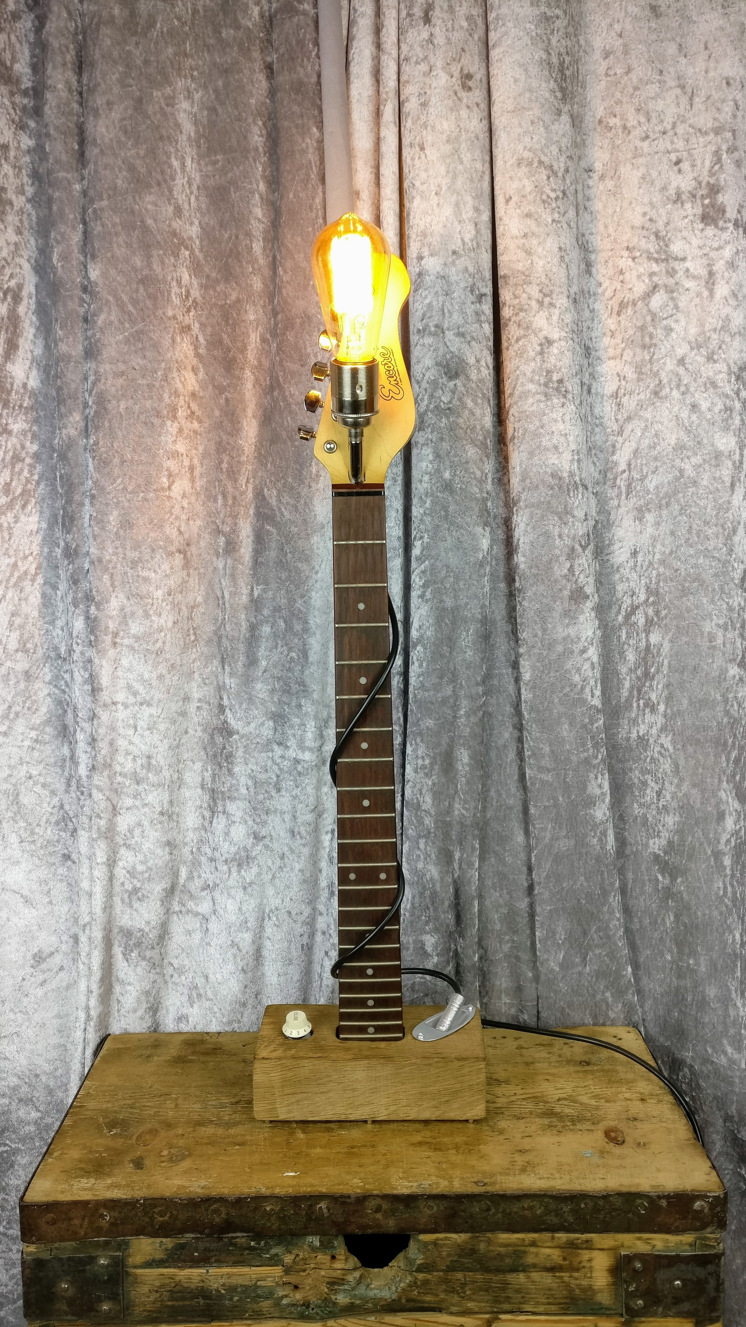 Electric Guitar Lamp