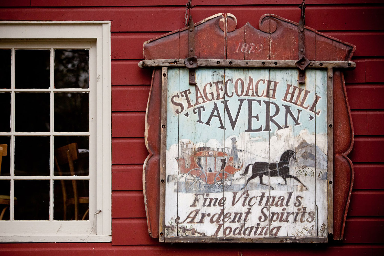 The Stagecoach Tavern sign (since 1829)
